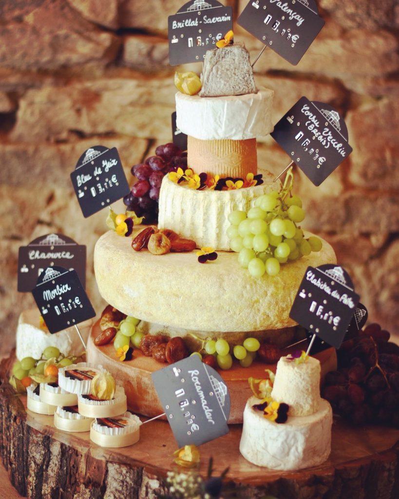 Pièce montée de fromages_Wedding planner éthique responsable Bretagne